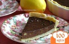 Фото рецепта: «Лимонный тарт с шоколадным кремом и бананами»