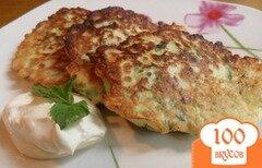 Фото рецепта: «Латкес из цукини с козьим сыром»