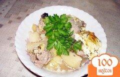 Фото рецепта: «Катрофель с фрикаделькаии, запеченные в духовке»