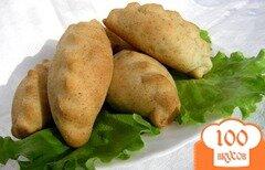 Фото рецепта: «Пирожки с зеленым луком и крабовыми палочками»