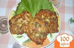 Фото рецепта: «Оладьи с луком и колбасой»