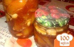 Фото рецепта: «Персиковое варенье с миндалем»