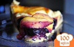 Фото рецепта: «Пирог с черникой и персиками по-деревенски»