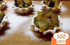 Фото рецепта: «Тарталетки десертные со сливой»