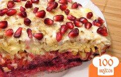 Фото рецепта: «Салат овощной с сыром, изюмом и орехами»