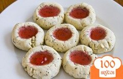 Фото рецепта: «Маковое печенье с гранатовым желе»