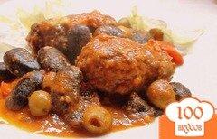 Фото рецепта: «Котлеты, запечённые в томатном соусе с фасолью под сыром... со Средиземноморскими нотками.»