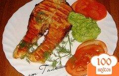 Фото рецепта: «Семга на гриле с соусом из авокадо»