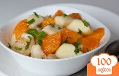 Фото рецепта: «Фруктовый салат из бананов и мандаринов с яблоками»