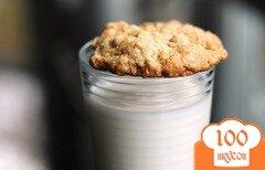 Фото рецепта: «Овсяное печенье с орехами и карамелью»