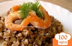 Фото рецепта: «Гречка с луком и королевскими креветками»
