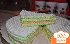 Фото рецепта: «Вафельный торт с изюминкой»