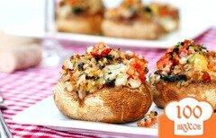 Фото рецепта: «Грибы, фаршированные беконом и овощами»