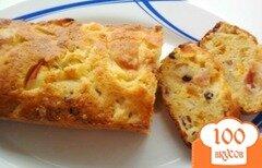Фото рецепта: «Кекс с кусочками яблок, кураги и изюмом»