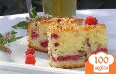 Фото рецепта: «Пирог с малиной и орехами»