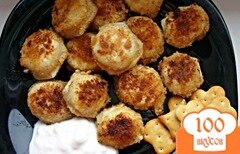Фото рецепта: «Пельмешки, жаренные в крекерах»