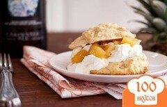 Фото рецепта: «Пирожные с пивом и ананасами»