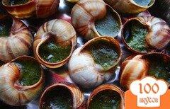 Фото рецепта: «Эскарго - виноградные улитки, запеченные в масле со специями»