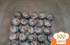 Фото рецепта: «Роллы с сёмгой и огурцом»