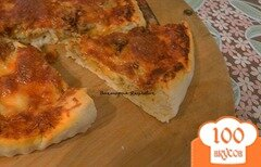 Фото рецепта: «Пицца с курицей и сулугуни»