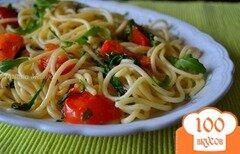 Фото рецепта: «Спагетти с томатами и рукколой»