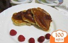 Фото рецепта: «Оладьи с консервированными персиками»