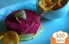 Фото рецепта: «Закуска из свеклы и козьего сыра»