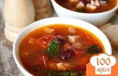 Фото рецепта: «Мясной суп с фасолью и томатами»