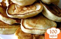 Фото рецепта: «Пышные оладьи на кефире»