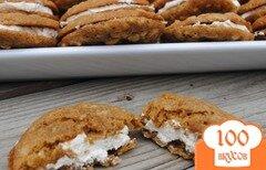 Фото рецепта: «Овсяное печенье с кремом»