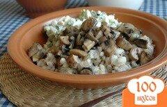 Фото рецепта: «Перловка с луком и грибами»
