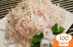 Фото рецепта: «Розовый салат из капусты и редьки»