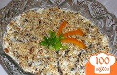 Фото рецепта: «Куриный салат с черносливом»