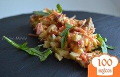 Фото рецепта: «Салат с консервированной семгой и овощами»