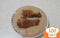 Фото рецепта: «Пшеничная каша с куриными крылышками»