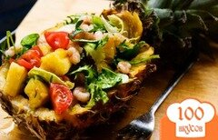 Фото рецепта: «Салат из ананаса и креветок»