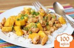 Фото рецепта: «Курица с ананасами в мультиварке»