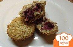 Фото рецепта: «Кексы овсяные с малиной»