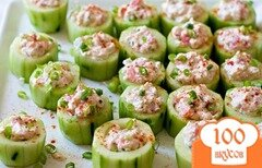 Фото рецепта: «Чашечки из огурцов с крабовым салатом»