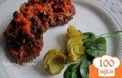 Фото рецепта: «Котлетки с овощным соусом»