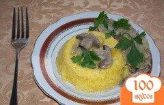Фото рецепта: «Кукурузная каша с грибным соусом»