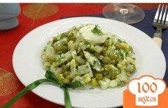 Фото рецепта: «Салат с отварным кальмаром»