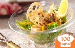 Фото рецепта: «Салат из корней лотоса и вешенок»