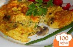 Фото рецепта: «Омлет с грибами и зеленый луком»