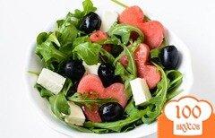 Фото рецепта: «Салат с арбузом и брынзой»