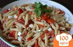 Фото рецепта: «Паста с помидорами и моцареллой»