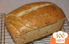 Фото рецепта: «Ржаной хлеб с луком и чесноком»