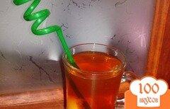 Фото рецепта: «Черный чай с персиком и лимоном»