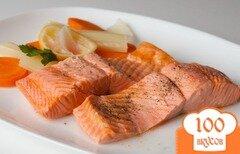 Фото рецепта: «Припущенный лосось с овощами»