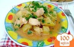 Фото рецепта: «Картофель, тушенный с курицей и капустой»